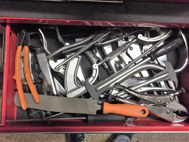 27084 - Stocklot Beta professional tools and utensils Europe