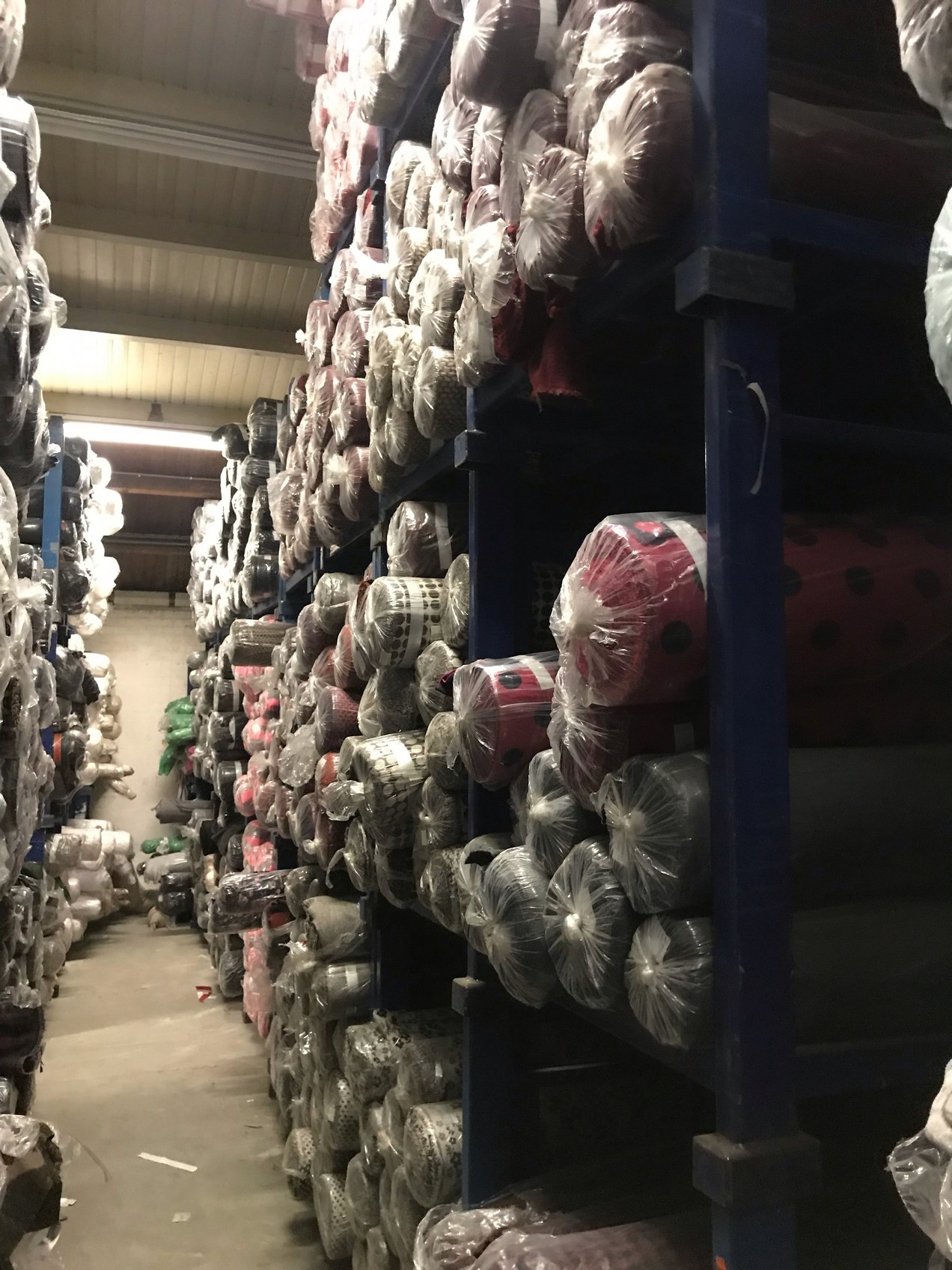 33832 - Stock offer Polywool fabrics: ca. 30.000 meters Europe