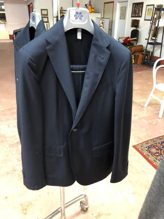 34523 - Men's suits and jackets made in Italy Europe