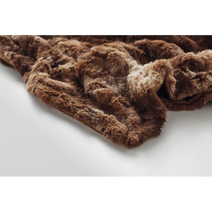 38240 - High quality faux fur blanket Europe